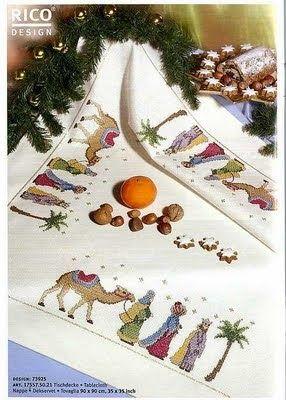 100%_ponto_cruz: Toalhas de mesa de Natal