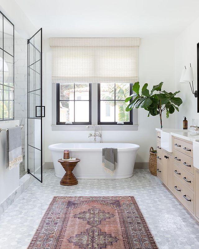 20 Modern Farmhouse And Cottage Bathroom Tile Ideas Cottage Bathroom Modern Farmhouse Bathroom Beautiful Bathrooms