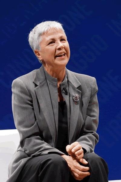 Ottavia Piccolo è stata presente ai CANTIERI DI TEATRO presso il Teatro Sociale di Bergamo l'11-12 maggio