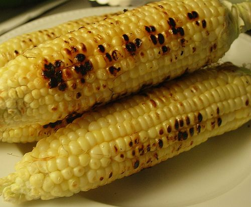 roasted corn on the cob: Boiled Corn, Corn Recipes, Side Dishes, Summer Food, Yummy Recipes, Grilled Corn On Cob In Foil, Grilled Chicken, Roasted Corn, Grilled Recipes