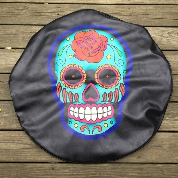 Sugar Skull Light Blue Jeep Wrangler Tire Cover for a size 32 inch tire. New and never used. Super cute!