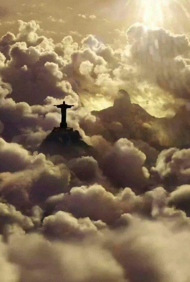 Cristo nas nuvens! Rio de Janeiro, Brasil