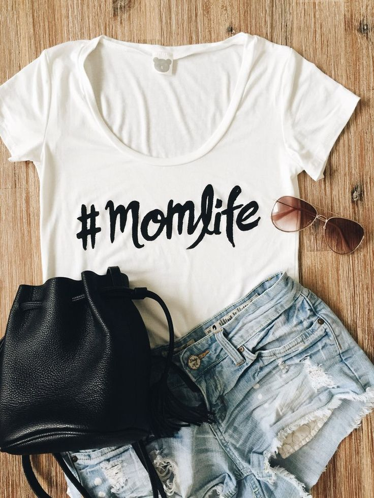 Shop our super soft and stylish Mom Life Tee  on www.shopbabesboutique.com