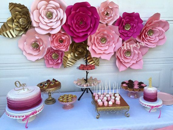 12 pc Paper Flowers backdrop candy buffet decor por ShopOliposa