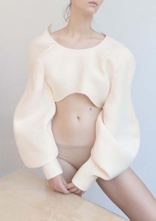 Cleo @ Model Plus con el estilo de Zu Sb, maquillaje y peluqueria por Matka Natura para Dew Magazine 14th por Dominik Tarabanski ph.