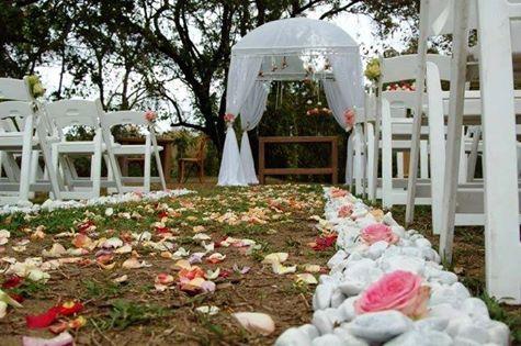 Romantic Weddings at Summerfields!