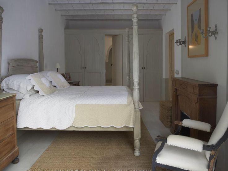 House at Marbella by Heloisa Malaga
