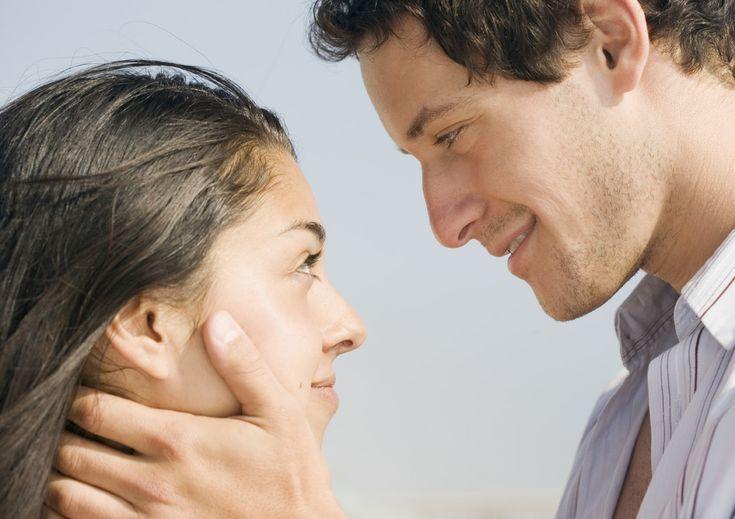 Sexo: Cómo ligar en menos de noventa segundos (según la ciencia). Noticias de Alma, Corazón, Vida. Según las últimas investigaciones, ser muy guapo no es garantía de nada; hace falta técnica (y táctica) para poder triunfar con el sexo contrario