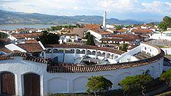 Ubicación de Guatavita La Nueva. Hacia el nor-oriente de Santafé de Bogotá a 75 kilómetros, por la Autopista Norte, se encuentra el municipio de Guatavita.