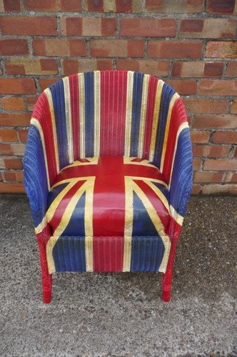 SUPERB VINTAGE UNION JACK BASKET CHAIR