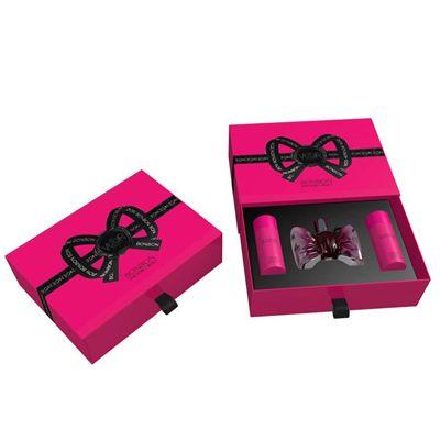 Coffret Bonbon Eau de Parfum  #parfum #viktor&rolf  Ce Coffret est composé de : vaporisateur 50ml + Gel Douche 50ml + Crème corps 40ml