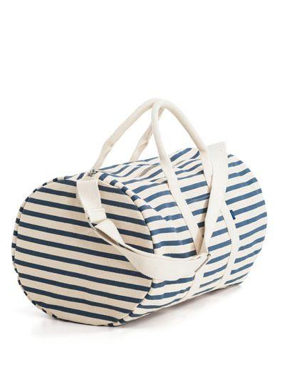 DIY idea: striped duffle bag