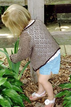Reid - The perfect little sweater for summer evenings - (2-6 years) free pattern