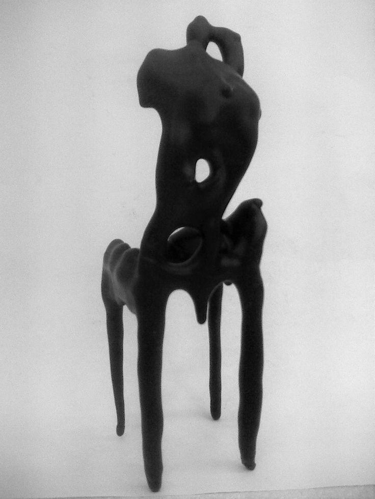 Sipos Ábel Mihály. figura székkel variáció. 2015.
