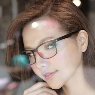 Buy 'Cuteberry – Contrast-Trim Glasses' with Free International Shipping at YesStyle.com. Browse and shop for thousands of Asian fashion items from China and more!