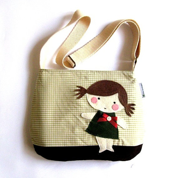 bag.. what an applique can do, transform a simple bag into a one-of-a-kind