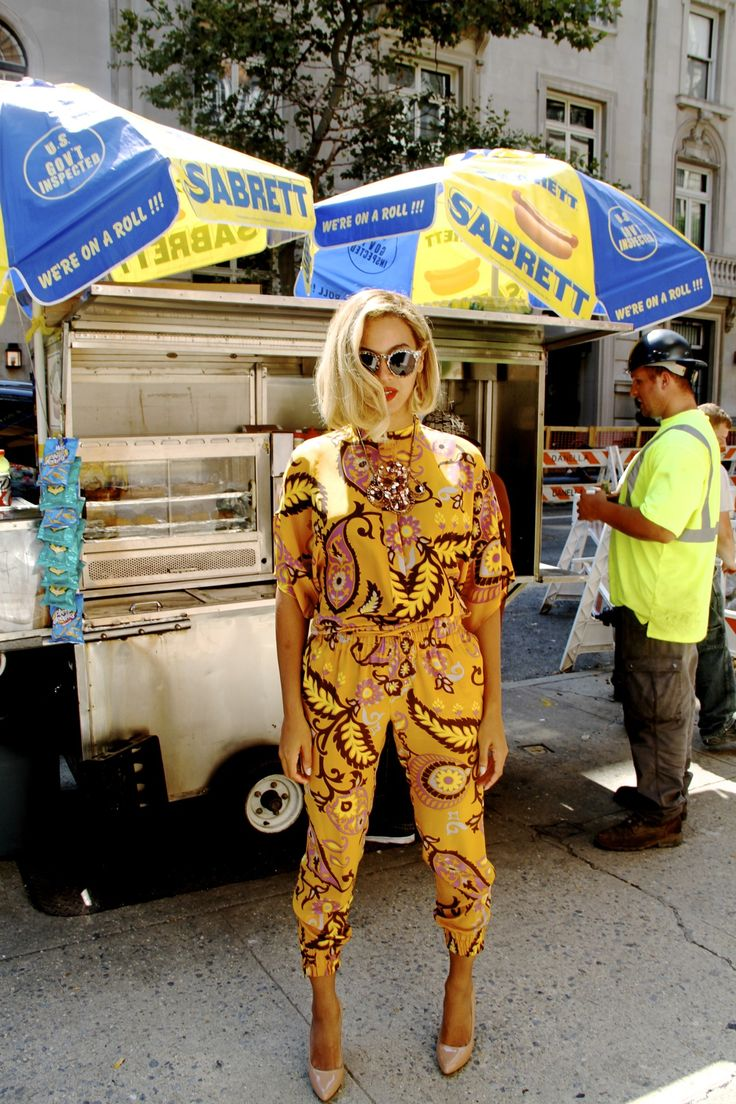 Beyonce looking flawless in this printed yellow jumpsuit