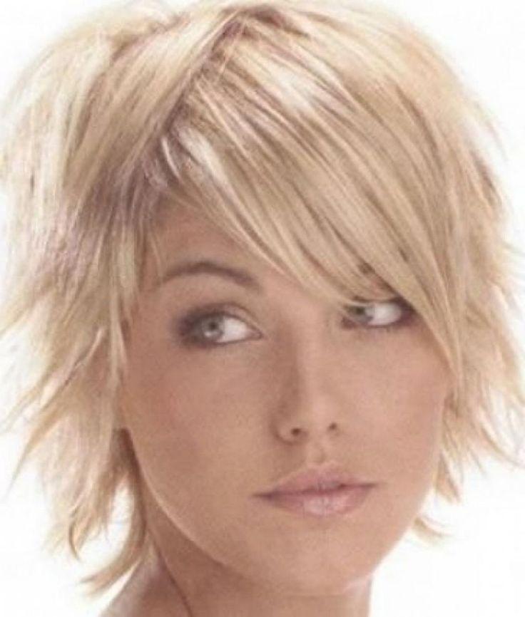 The 25+ best Trendy medium haircuts ideas on Pinterest | Medium ...
