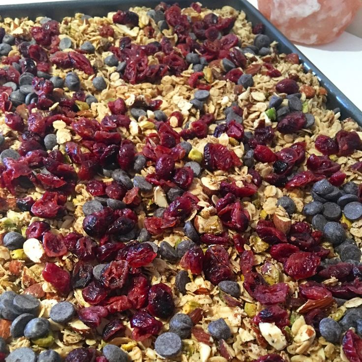Basic Granola Recipe. Clean eating, wholefood, delicious breakfast. Create your own favorite granola recipe by following my simple recipe.