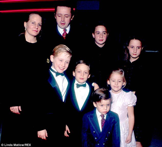 Macaulay Culkin with his family at the premiere of 'Home Alone'