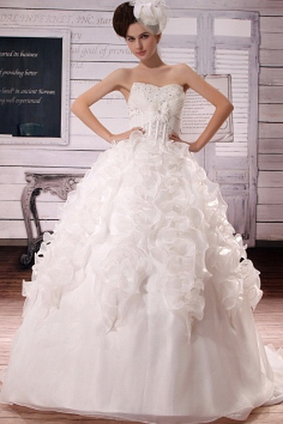 Organza Ivory Ball Gown Bridal Dress ted0471 - SILHOUETTE: Ball Gown; FABRIC: Organza; EMBELLISHMENTS: Beading , Ruffles , Sash; LENGTH: Chapel Train - Price: 148.6200 - Link: http://www.theeveningdresses.com/organza-ivory-ball-gown-bridal-dress-ted0471.html