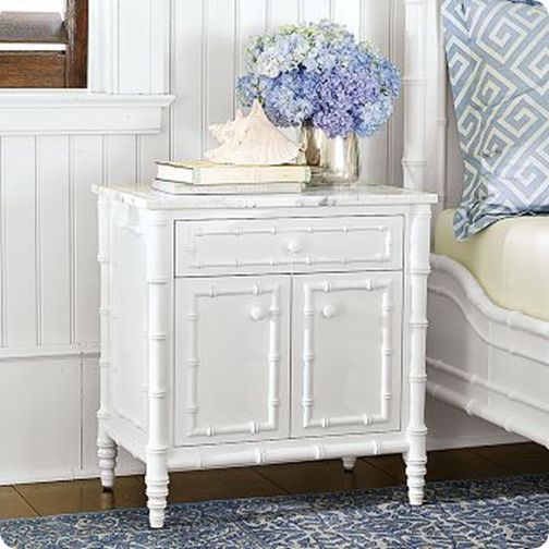 love this! what gorgeous bamboo detailing!  love the white and blue and the greek key fabric