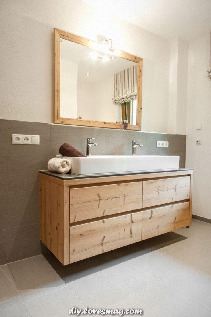 Einzigartige und Kreative Badezimmermöbel aus altem Tannenholz.