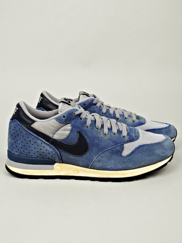 Nike Quickstrike Men's Air Epic Vintage Sneaker in blue at oki-ni