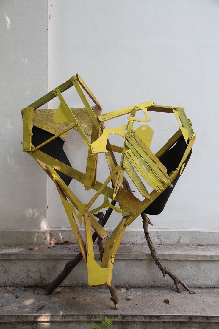 For Sarah with Love - Guerilla Installation by Konstantin Landuris  at Giardini Biennale di Venezia 2015 German Pavillion - Hommage to Sarah Lucas http://www.landuris.com