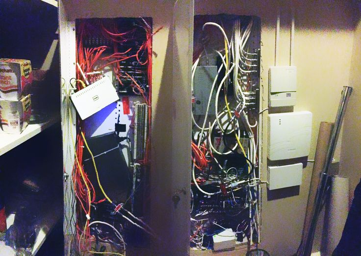 The Most Informative Photos And Video On How To Organize A Home Networking  Panel. Get Exclusive Tips On Using Velcro And Best Ways To Declutter Your  Panel.