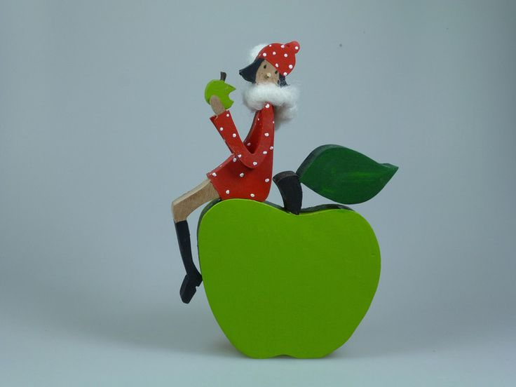 **Lust auf Apfel?** Ob knackig grüner _Granny_ oder _Red Delicious_ - beide fröhliche Hingucker in Ihrer Herbstdekoration. Apfel mit Figur H: 17 cm - B: 12,5 cm - Preis: 28,00€ Apfel - 12 x 11...