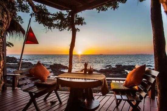 Book Crown Lanta Resort & Spa, Ko Lanta on TripAdvisor: See 789 traveler reviews, 1,179 candid photos, and great deals for Crown Lanta Resort & Spa, ranked #7 of 84 hotels in Ko Lanta and rated 4.5 of 5 at TripAdvisor.