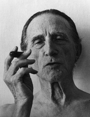 Marcel Duchamp somer look!