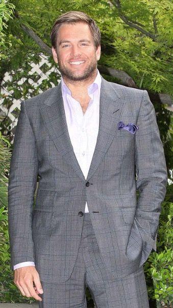 "Michael Weatherly Actor, Hairy, Dark Angel, NCIS (as ""Tony"" DiNozzo), Bull, Eye Candy, Handsome, Good Looking, Pretty, Beautiful, Sexy マイケル・ウェザリー 俳優"