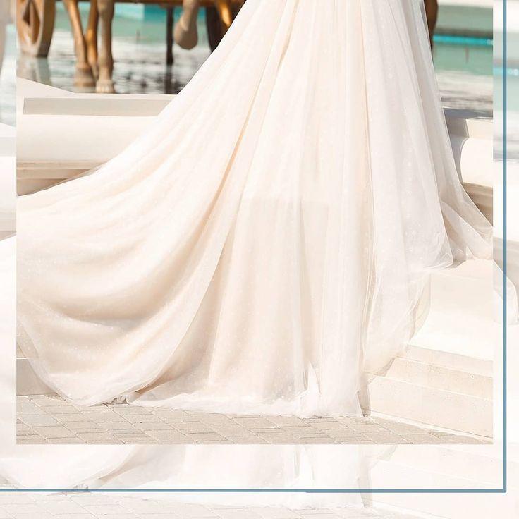 """""""Es ist nicht nur ein Brautkleid, es ist ein Kleid, an das Sie sich für immer erinnern werden !!!"""" Stilvoller und zeitloser Stil! Wählen Sie die meisten ..."""