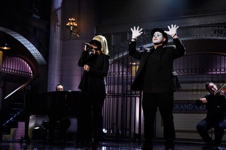 Live from New York, it's Saturday Night [SNL Live Taping] / #Sia