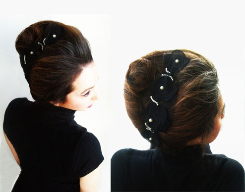 headpiece with black lace and pearls