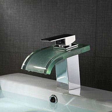 Modern Middenset LED Waterval with Keramische ventiel Single Handle Een Hole for Chroom Wastafelkranen