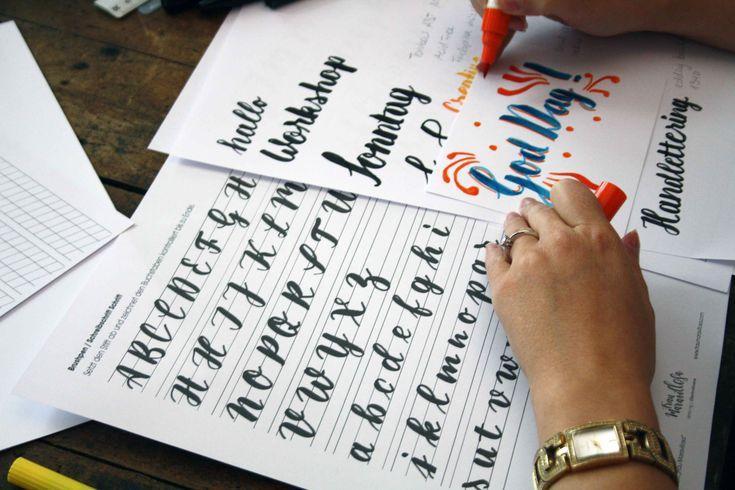 Handlettering liegt voll im Trend! Für das kunstvolle Schreiben braucht ihr lediglich Papier und Stift und ein bisschen Zeit zum Üben...