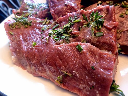 BARBECUED HERB & BUTTER BEEFHEART
