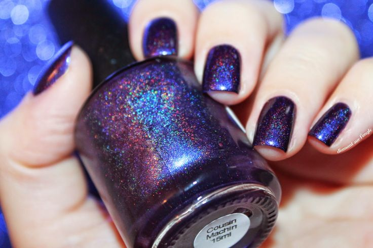 ෴ Cousin Machin, la Famille Addams by Lilypad Lacquer & Pshiiit by diamant sur l'ongle