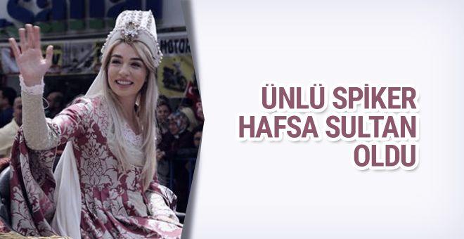 "Ünlü spiker Mesir Festivali'nde Hafsa Sultan oldu  ""Ünlü spiker Mesir Festivali'nde Hafsa Sultan oldu"" http://fmedya.com/unlu-spiker-mesir-festivalinde-hafsa-sultan-oldu-h20652.html"