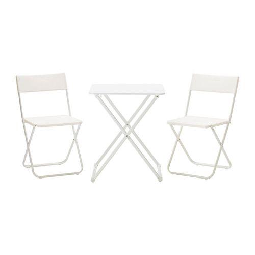 IKEA - HÄRÖ / FEJAN, Tavolo+2 sedie da giardino, È facile da pulire passando semplicemente un panno umido.I materiali di questo mobile da esterno non richiedono manutenzione.È facile e veloce da piegare quando non ti serve, così occupa poco spazio.