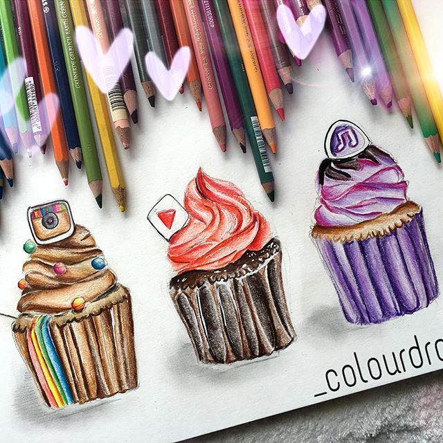 Social media cupcakes ✨ Hope you like this drawing :) Whats your fave app?…