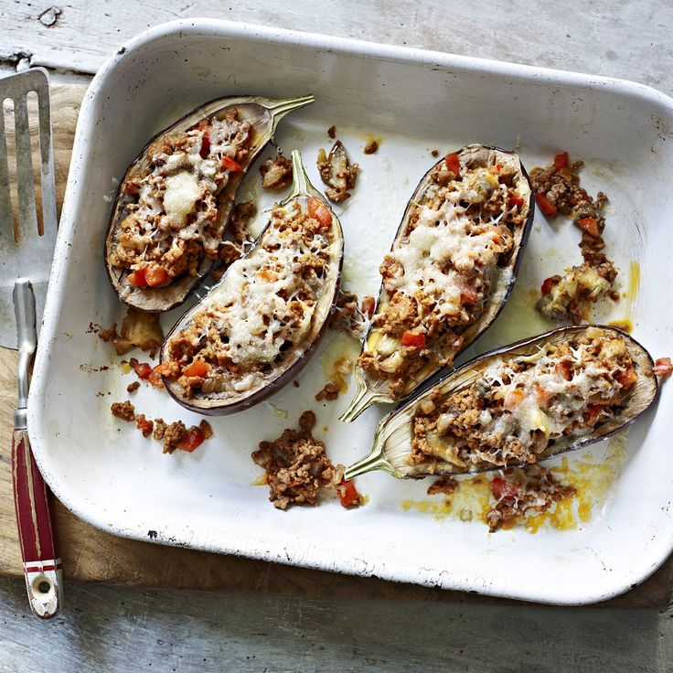 These soft and tender aubergines filled with lamb ragu and topped with Manchego cheese are really delicious