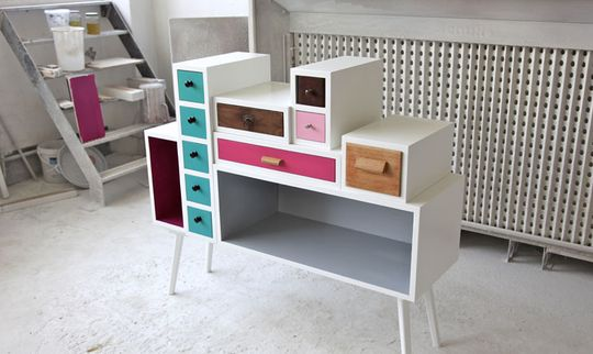 Not made from pallets but old drawers. I know I'd never get around to building a frame for them, but just love the idea!