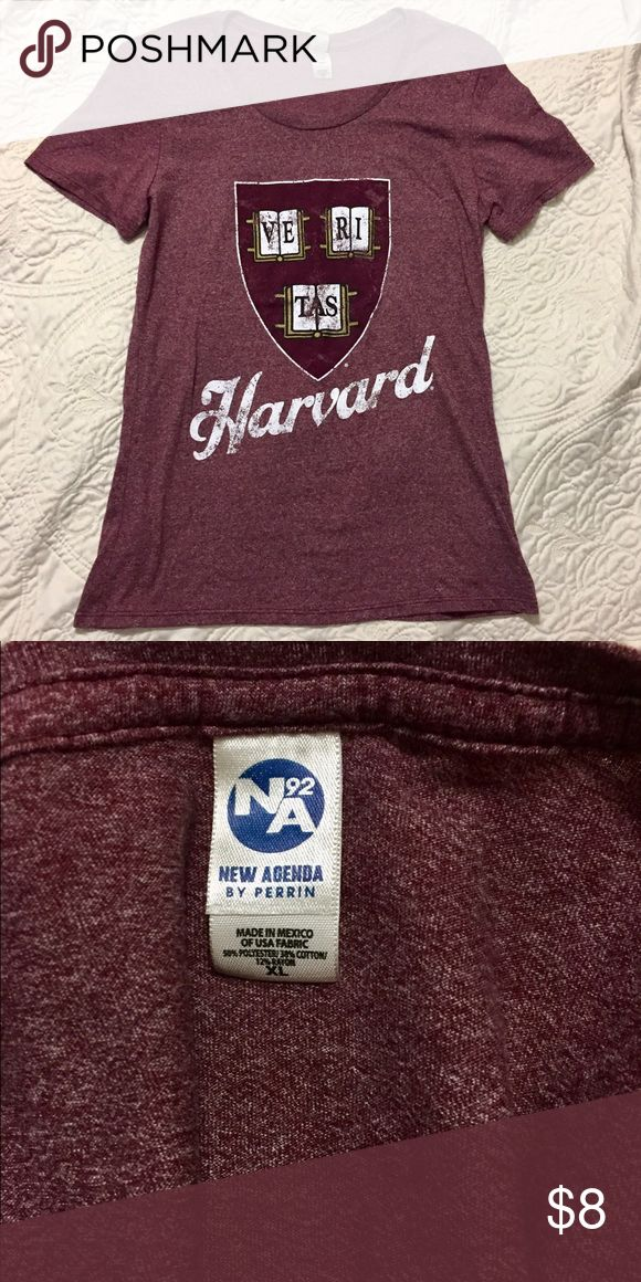 Harvard College Graphic T-Shirt VERITAS Like new condition! Size XL but fits more like a large. New Agent Tops Tees - Short Sleeve