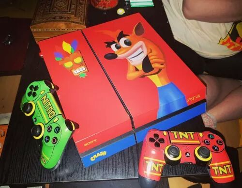 Crash Bandicoot themed PS4.  Source: https://www.reddit.com/r/gaming/comments/4fr3do/personalized_ps4/  #Gaming #VideoGames #Playstation
