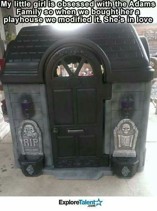 Addams family goth playhouse / parenting goal !!