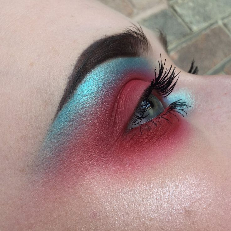 "323 Likes, 32 Comments - @chloeculv_makeup on Instagram: ""Makeup inspo: @rosiekalina & @rachelcmakeup/ @rachelcfacecharts #eyebrows #brushes #makeuplife…"""